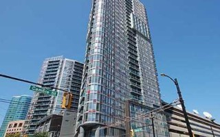 3010 233 Robson St. Vancouver, British Columbia